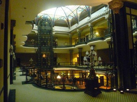 Gran Hotel Ciudad de Mexico: Salão de entrada
