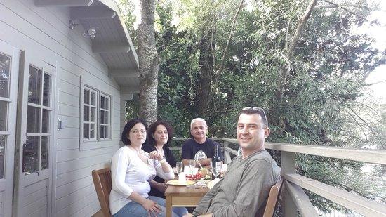 Hôtel Quai des Pontis : Ужин на терасе
