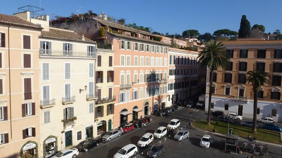 Piazza di Spagna Suites: second view from my window