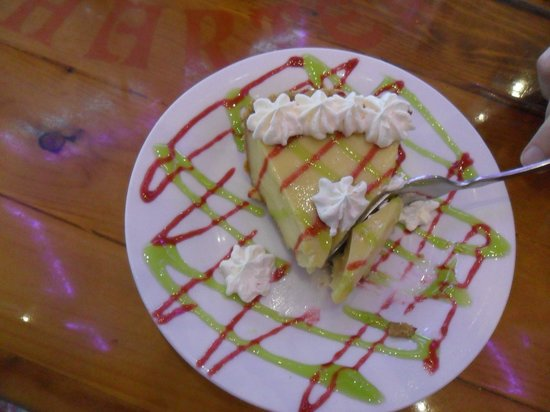Yucatan Beach Stand Bar : key lime pie ottima!