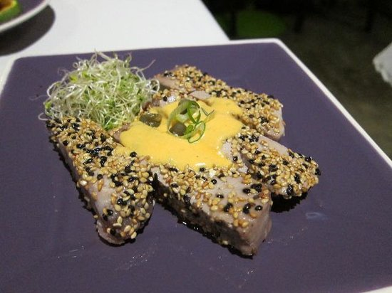Nu Global Tapas Bar: Seared Tuna