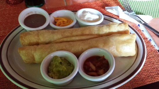 Restaurant Taqueria El Burrito : Chicken Flautas