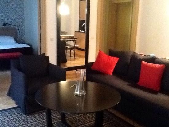 Neiburgs Hotel : a Neiberg suite