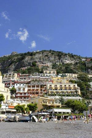 Covo Dei Saraceni : View from beach near hotel