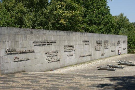 Dokumentationszentrum KZ Bergen-Belsen: dit mag nooit meer gebeuren