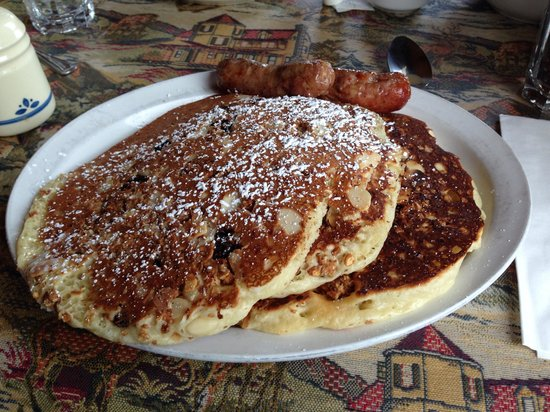 Arapahoe Cafe & Pub : Granola flapjacks
