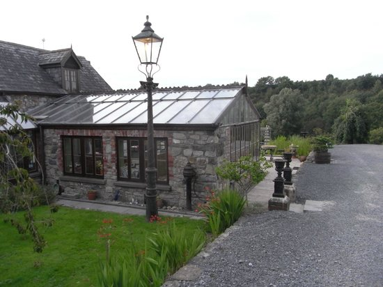 Lawcus Farm Guest House : The breakfast conservatory