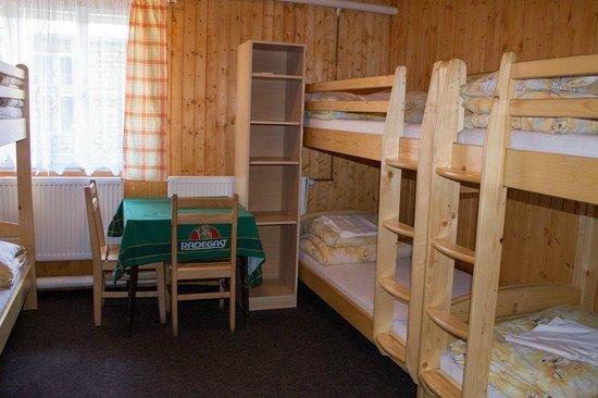 Turisticka chata Svycarna: Room