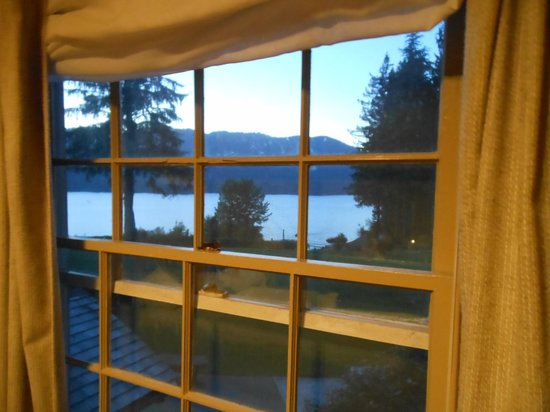 Lake Quinault Lodge: View from our room