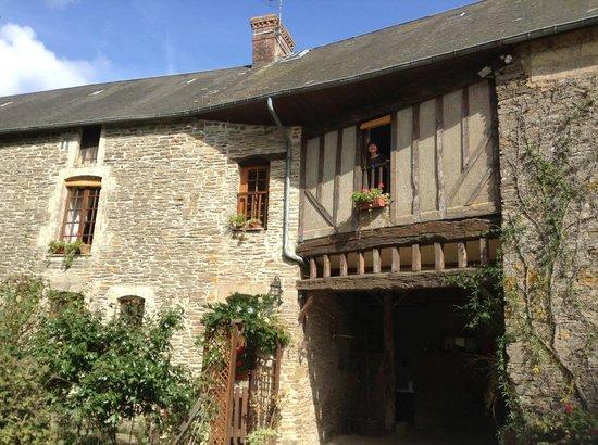 La Ferme du Pressoir : View of la Chambre Rose