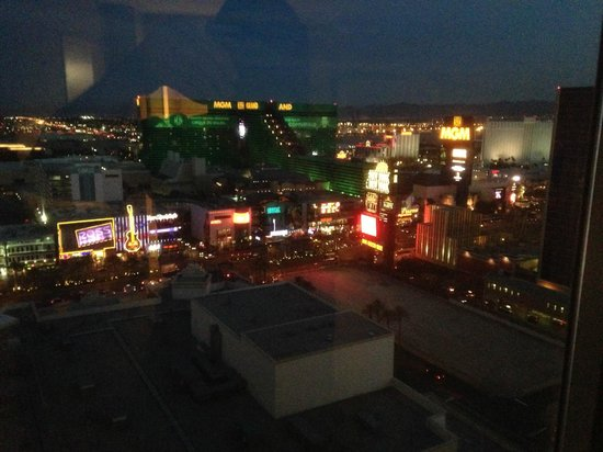 Monte Carlo Resort & Casino : view from the 28th floor room