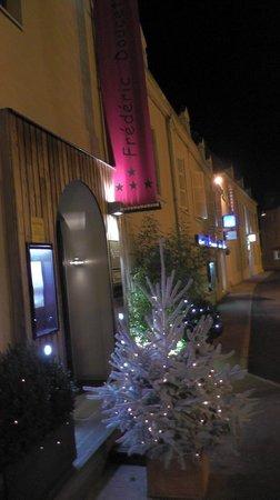 Hotel-Restaurant de la Poste : extérieur noel