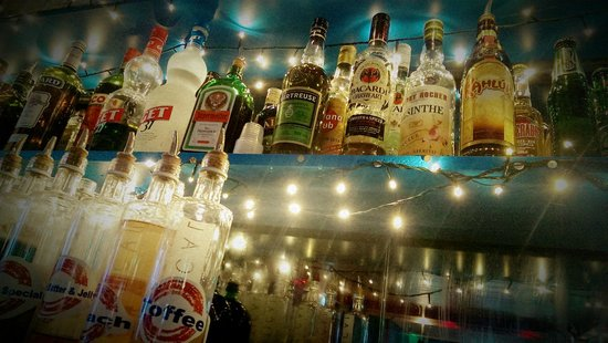The Underground Bar Tignes Le Lac : It all here waiting for you..