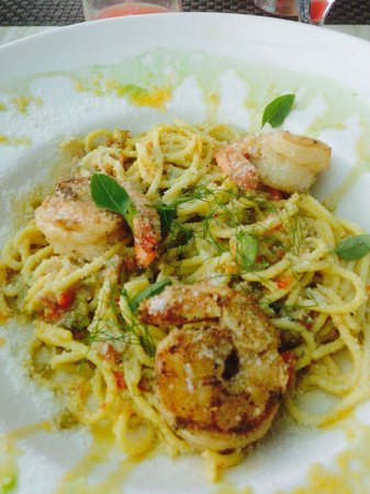 Blue Olive Restaurant and Wine Bar: spicy garlic and pepper sauce homemade spaghetti pasta with grilled shrimp