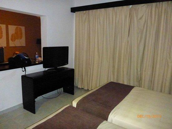 Sirenis Punta Cana Resort Casino & Aquagames: Suite Junior Supérieure Mirage Bloc H (H106)