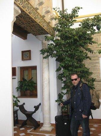 Hotel La Llave de la Jurderia: Patio