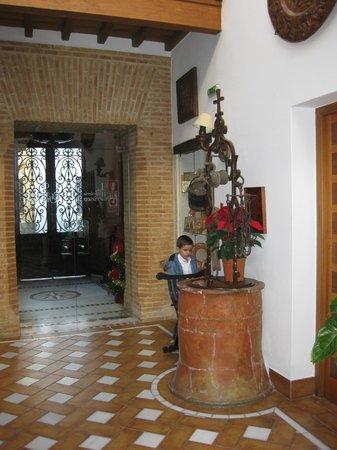 Hotel La Llave de la Jurderia: Recepción