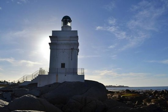 Oystercatcher Lodge: lighthouse at Shelley Point