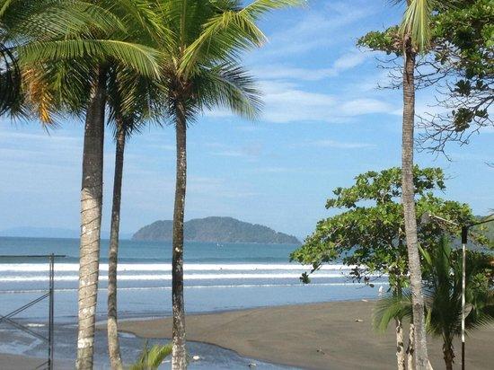Jaco Laguna Resort & Beach Club : View from Breakfast at the Resort!