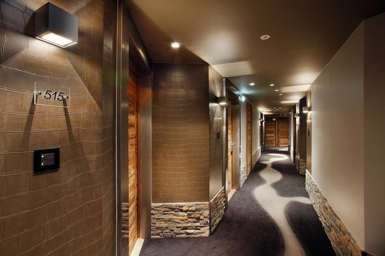 Hotel Koh-I Nor : Couloirs