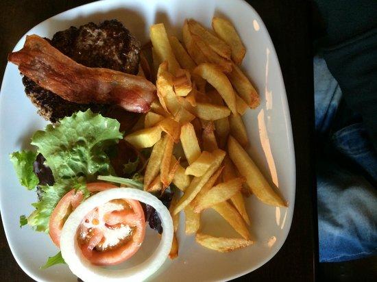 Dunnes Irish Bar Barcelona: dunnes burger