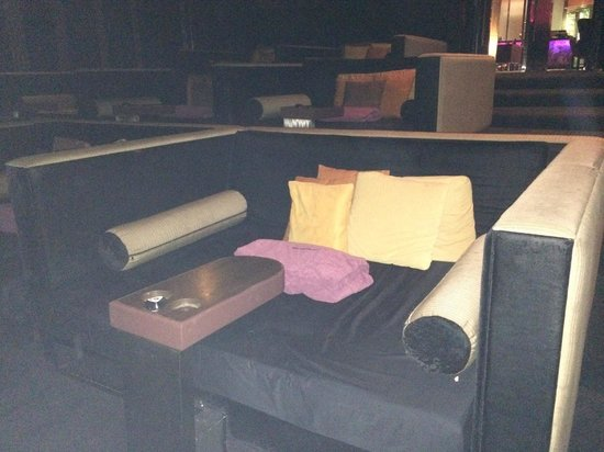 Paragon Cineplex: Private bed for 2 at Engima