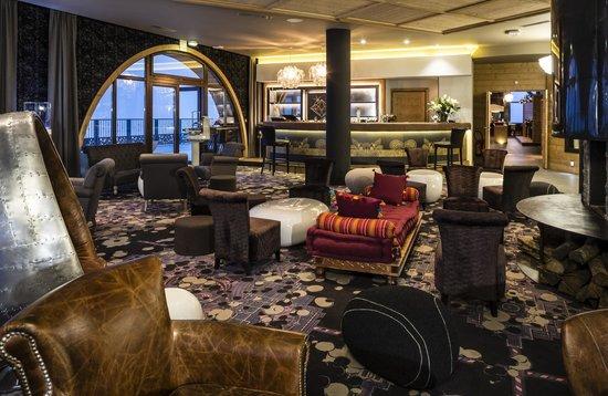 Hotel Koh-I Nor : Lounge Bar