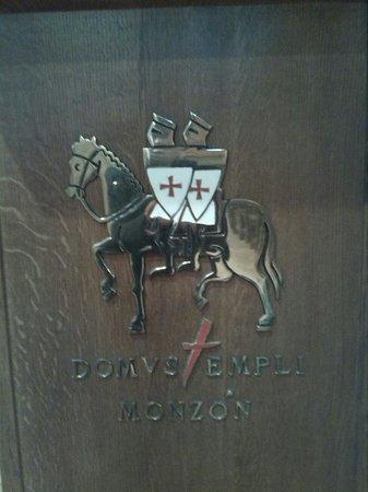 Domus templi en el castillo de Monzón