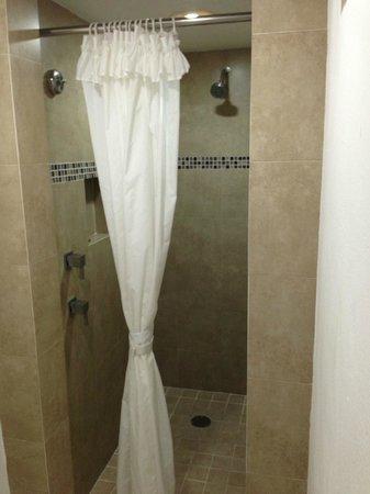 El Cid Marina Beach Hotel: Baño