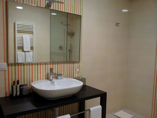 Turin Airport Hotel & Residence: Bagno