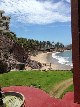 El Cid Marina Beach Hotel: Instalaciones contiguas abandonadas
