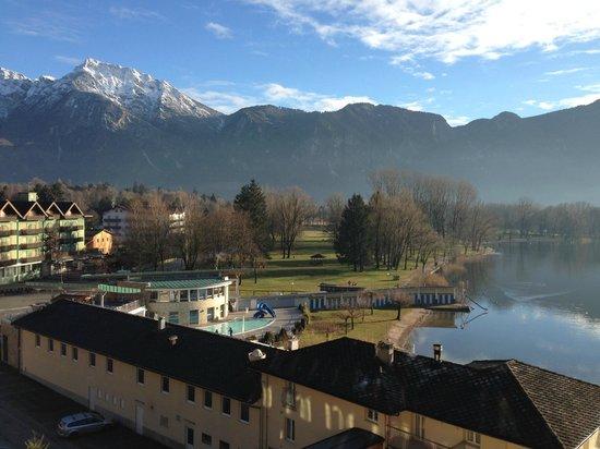 Parc Hotel Du Lac: Vista della SPA dall'Hotel