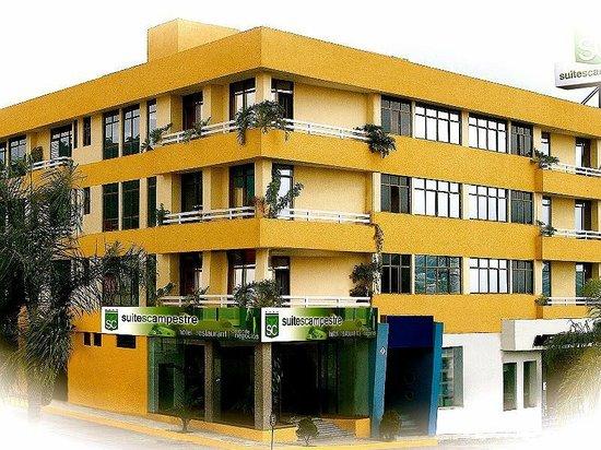Hotel & Suites Campestre Morelia: FACHADA