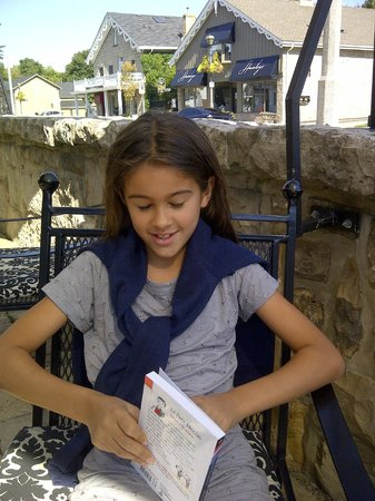 Rousseau House Restaurant: Lunch on the patio