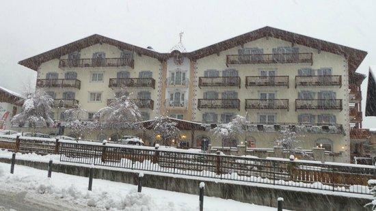 Hotel Alla Rosa: Facciata dell'hotel