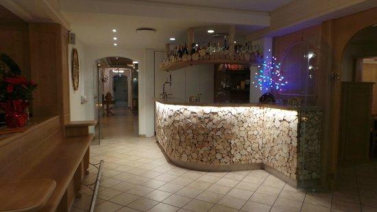 Hotel Alla Rosa: Bar