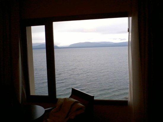 Alma del Lago Suites & Spa: Vista do quarto para o lago