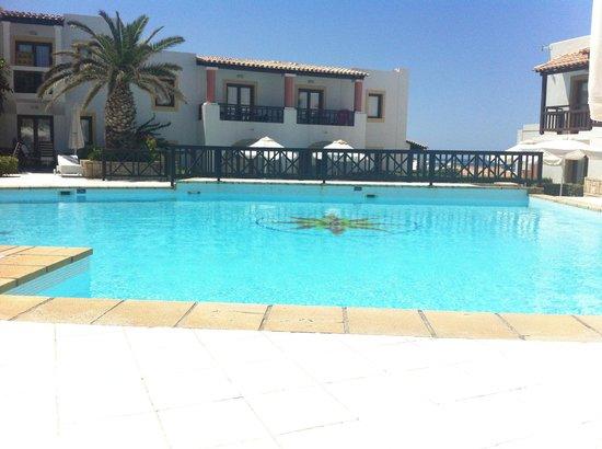 Aldemar Knossos Royal : Beautiful villa pool