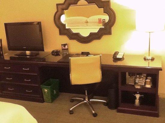 Sheraton Universal Hotel : Work area