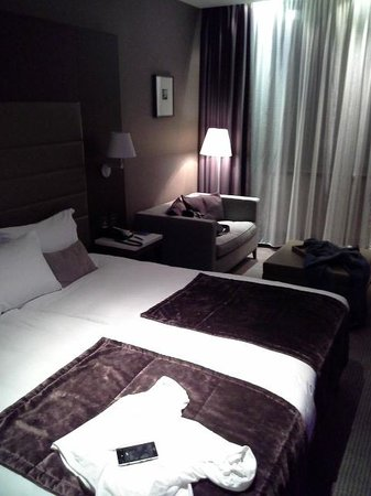 Radisson Blu Royal Hotel, Dublin: room look much better live