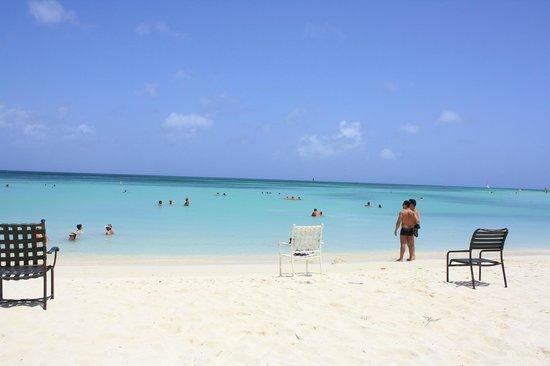 Aruba Marriott Resort & Stellaris Casino: Playa