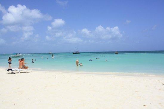 Aruba Marriott Resort & Stellaris Casino: Playa del Hotel