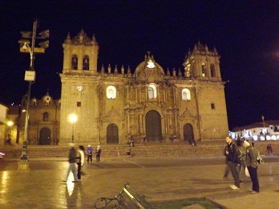 Catedral del Cuzco o Catedral Basílica de la Virgen de la Asunción: Catedral de Cusco.
