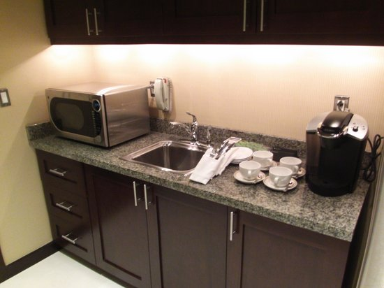 InterContinental Boston: Butler's Kitchen - Service Items