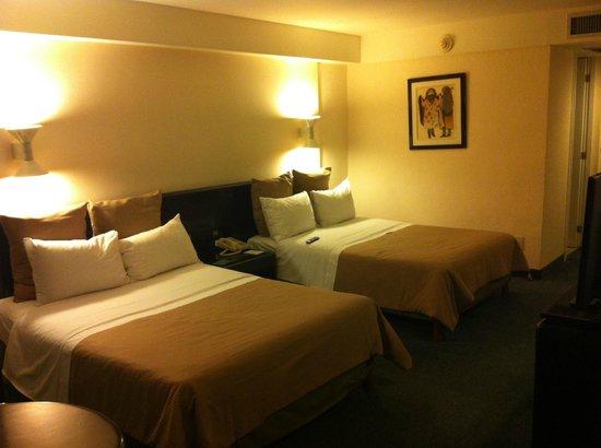 Best Western Plus Gran Hotel Morelia: Habitación