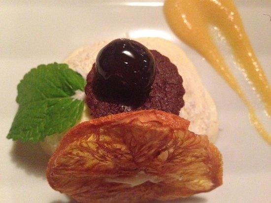 Hotel Laurin Small&Charming: particolare del dolce