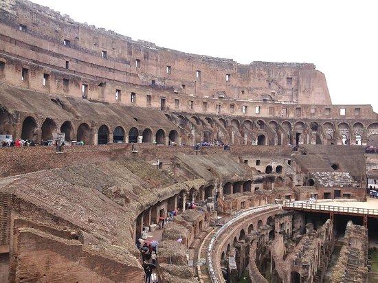 Rome Driving Tours: Coliseum