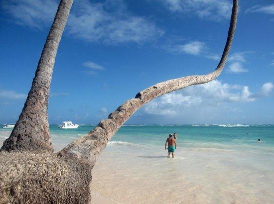 Hotel Riu Naiboa: Am Strand