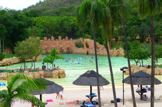 The Palace of the Lost City: Piscina com ondas,  aberta a hospedes e outros visitantes.