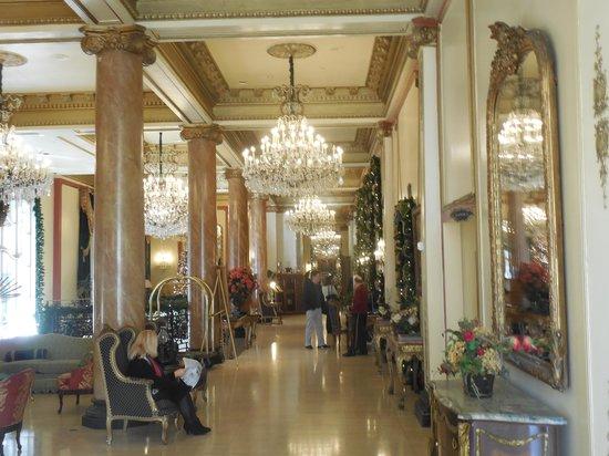 Le Pavillon Hotel: LE PAVILION LOBBY